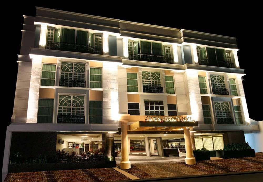 Crown Regency Hotel