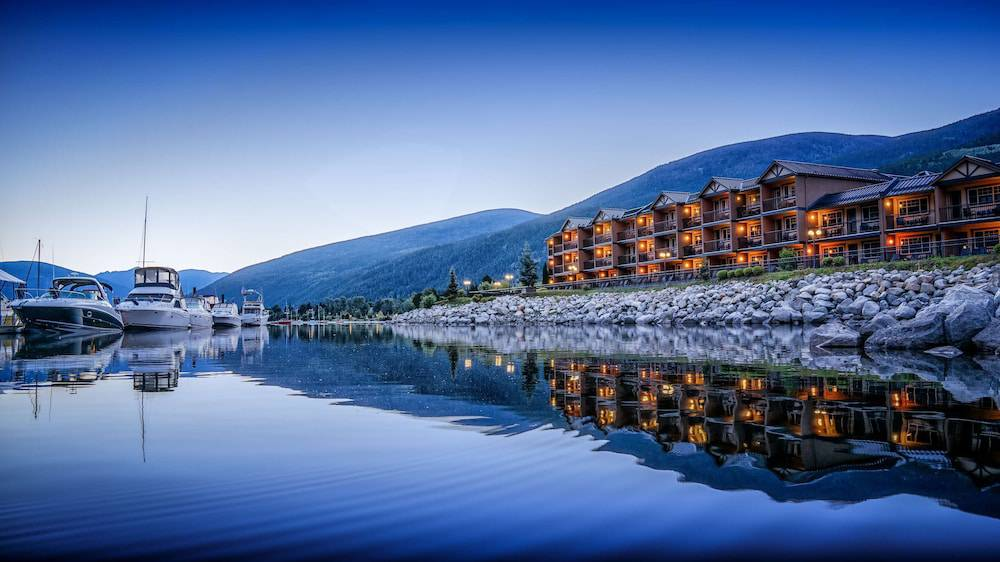 Prestige Lakeside Resort & Convention Centre