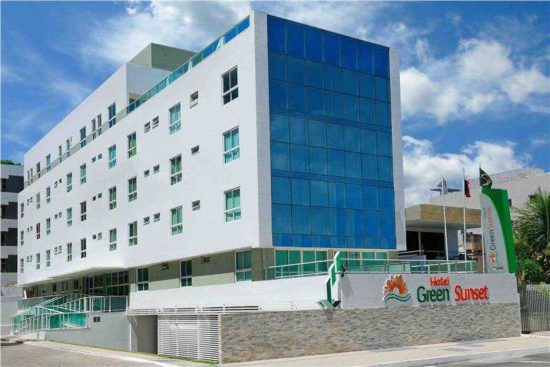 Facade of the Nord Easy Green Sunset hotel.